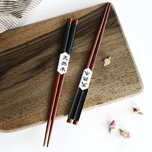 5 Paar Essstäbchen Japanische Natur Chopsticks aus umweltfreundlichem hölzernen in edler Schatulle Geschenkbox - 5