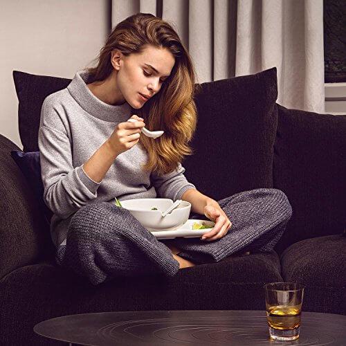 Villeroy & Boch Soup Passion Asia Schale / Praktische Suppenschüssel mit Stäbchen-Ablage / Spülmaschinenfest / Für 1 Person / Ø 20,5cm - 6